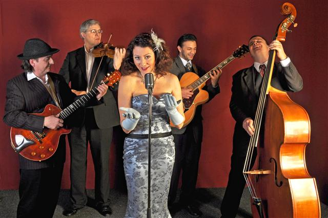 Gypsy Swing Band Viola con Padrinos